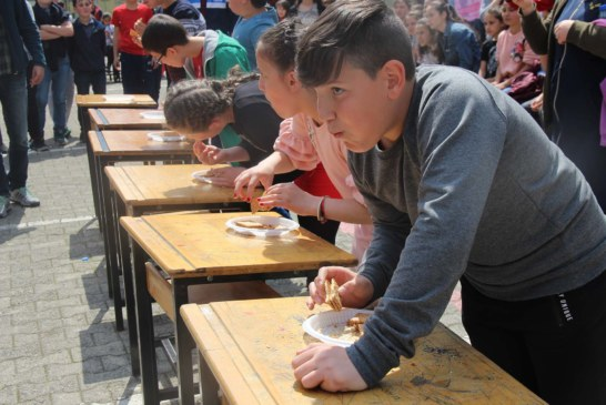 Karadeniz Ortaokul'u 2.Geleneksel Bahar Şenliği Kutlaması Yapıldı
