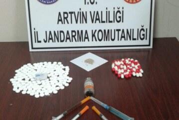 Artvin'de jandarmadan uyuşturucu operasyonu