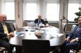 ULAŞTIRMA BAKANI KARAİSMAİLOGLU'NU ZİYARET ETTİLER! Cumhurbaşkanı Başdanışmanı İsrafil Kışla ve AK Parti Artvin Milletvekili Av. Erkan Balta, Ulaştırma Bakanı Adil Karaismailoglu'nu makamında ziyaret ederek istişarede bulundular